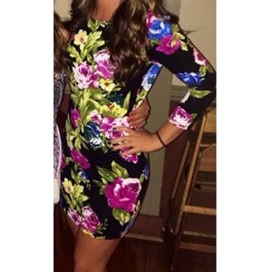 Forever 21 long sleeve floral bodycon dress